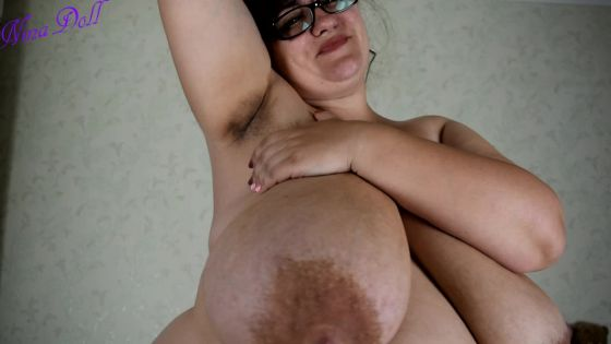 Hairy armpits and pussy