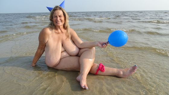 Beach Balloon Party Hat