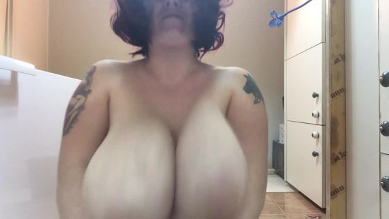 Bouncing boobs POV