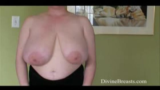 Ann Vanderbilt Toss and Jiggle Tits