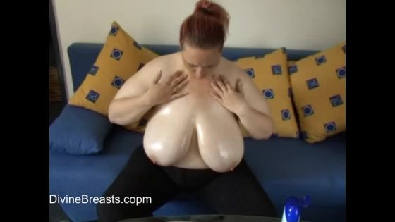 Karens Udders Juicy Boob Show
