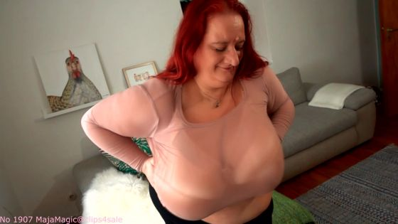 Sunniva's Big Tits Bouncing in Slow Motion