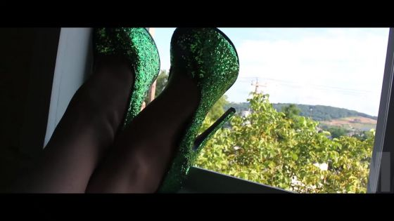 M - Green Glitter Heels In The Window
