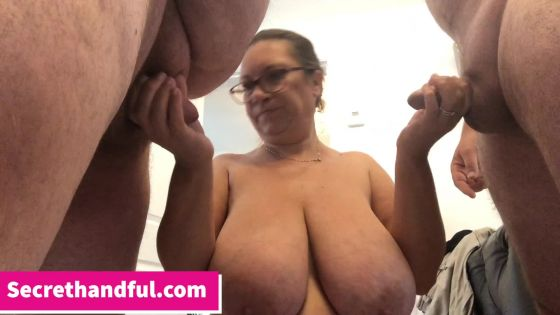 Mary Pumps cuckolding part 1