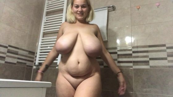 Sensual moves and huge loads of lotion on my boobs