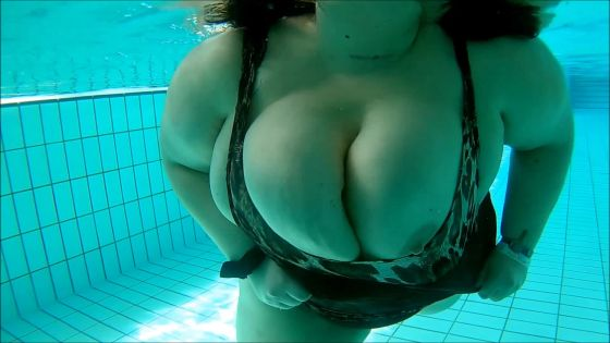 my giant boobs in a public pool