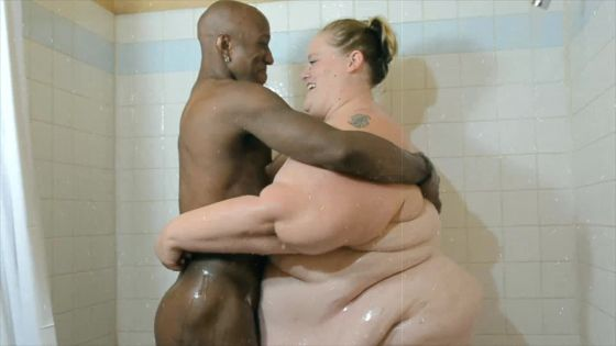 Ssbbw interracial Shower  scrub down
