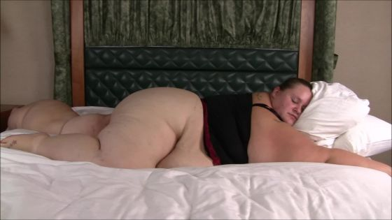 SSBBW rolling off the bed and getting stuck